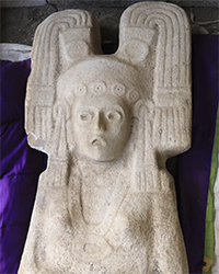 Young Woman of Amajac statue
